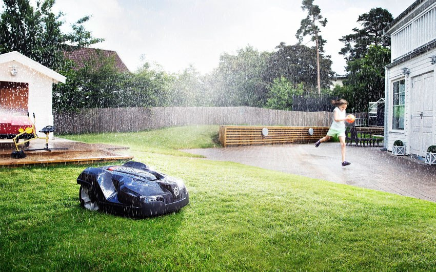 Automower bajo la lluvia